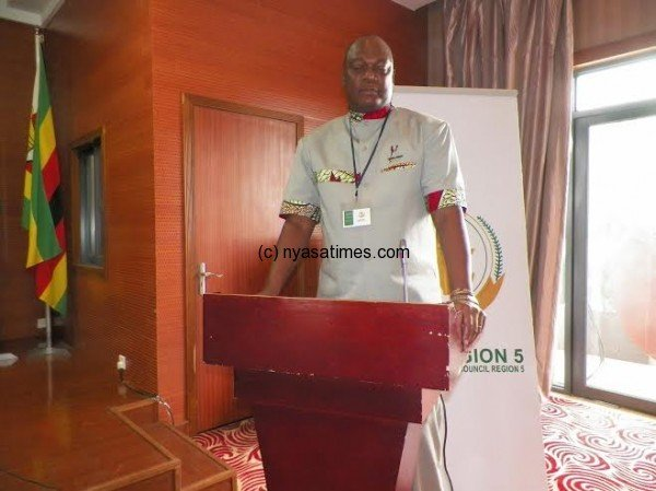 Sports Council chief George Jana : Readvertises course