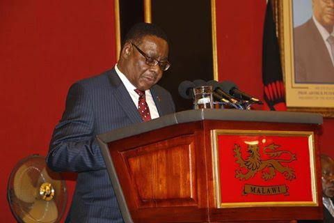 Mutharika addressing the audience