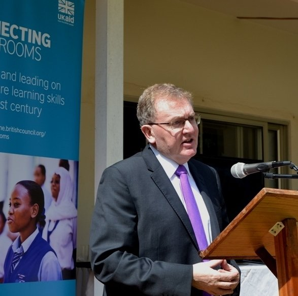 UK Minister Rt. Hon. David Mundell-Secretary of State for Scotland, gives his remarks at the Launch of the Connecting Classrooms Programme in LL.-(c) Abel Ikiloni, Mana